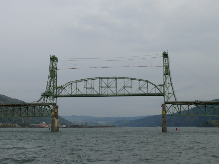 Hood River Bridge.